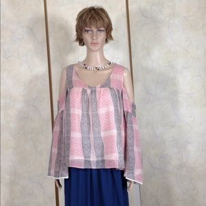 Bell Sleeve Cold Shoulder High Low Abercrombie Top